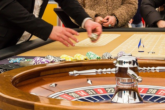 You should be aware of these important points when playing online poker.