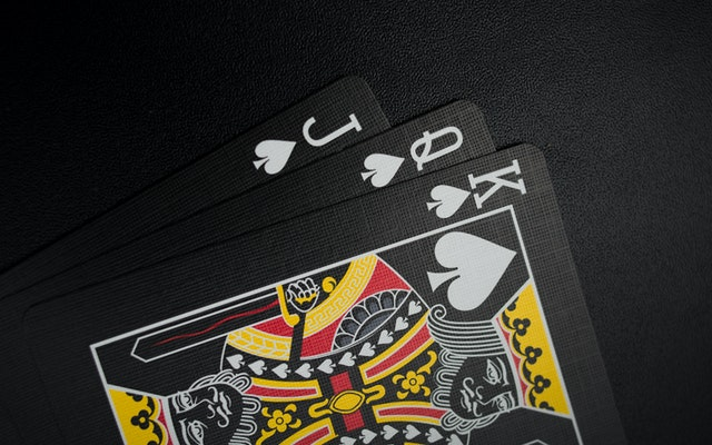 Are Online Casino Games More Profitable Compared To Land-Based Casino Games?