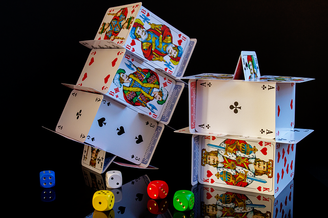 What Are the Advantages of Playing With Casino Bonus?